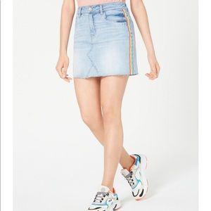 NET Dollhouse 5 27 Light Wash Rainbow Stripe Skirt